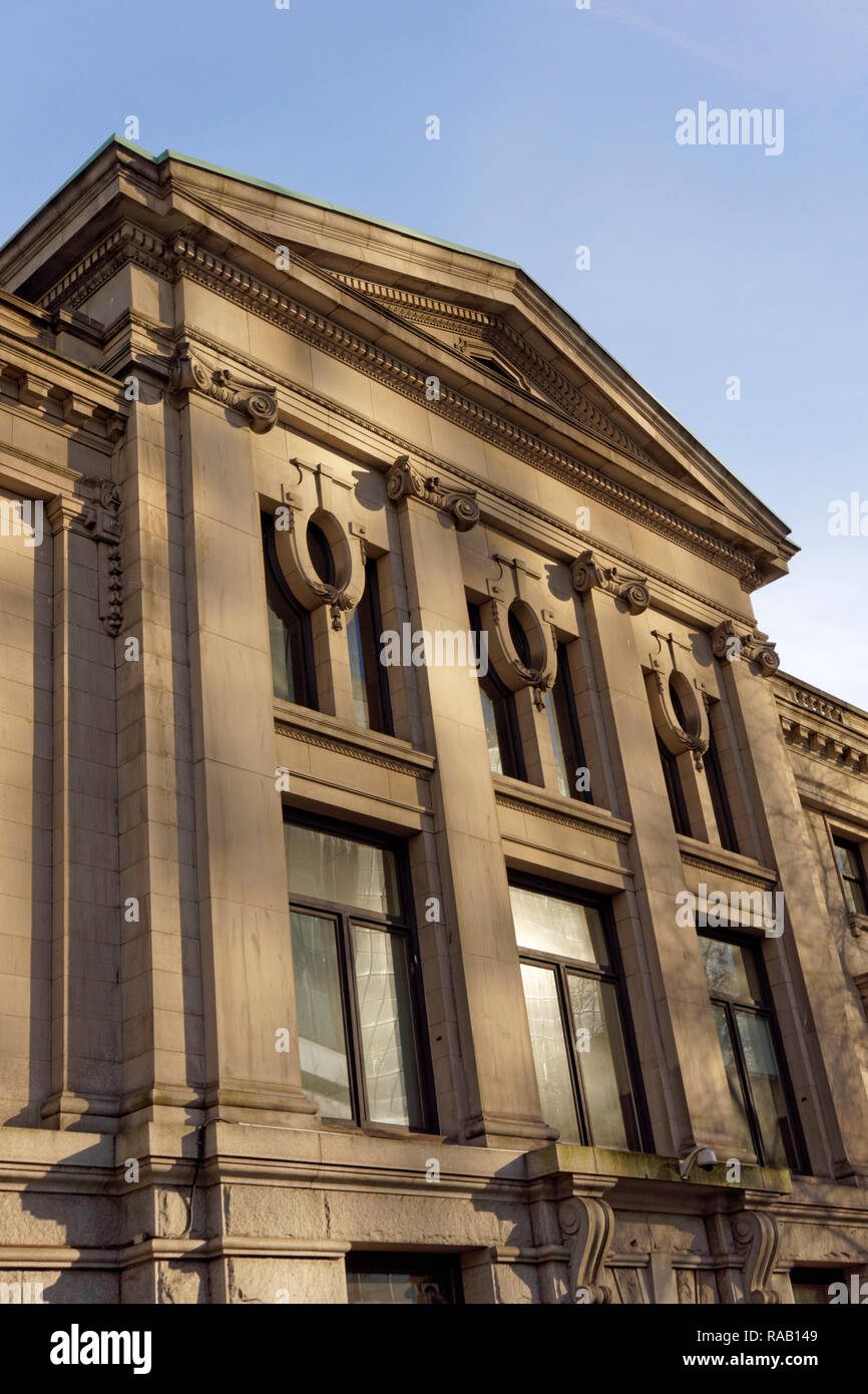Neoclassical facade of the old provincial courthouse, now part of the Vancouver Art Gallery complex in downtown Vancouver, BC, Canada - Stock Image