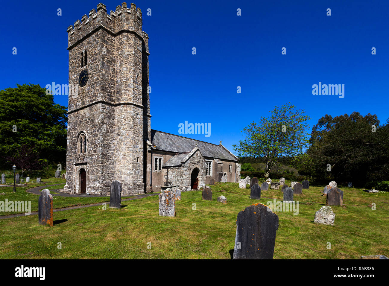 St. Peter's Church, Friedhof, Buckland in the Moor, Dartmoor Nationalpark, Devon, England, Großbritannien, - Stock Image