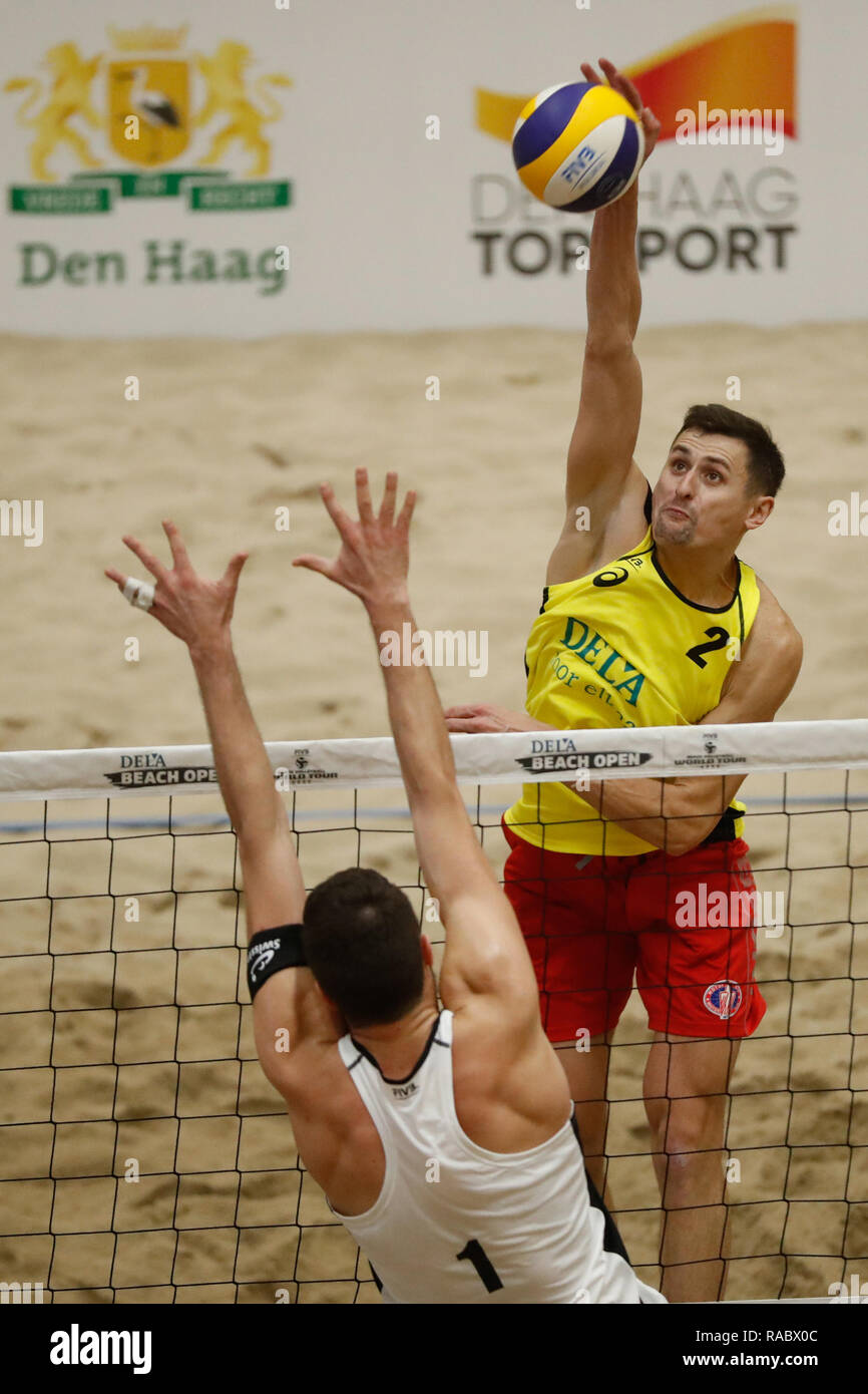 The Hague, The Netherlands 03 january 2019 Beachvolleybal Dutch National Championships    Beachvolleybal DELA Beach The Hague Open 2019 (L-R) Maksym Gladun (2) of Ukraine - Stock Image