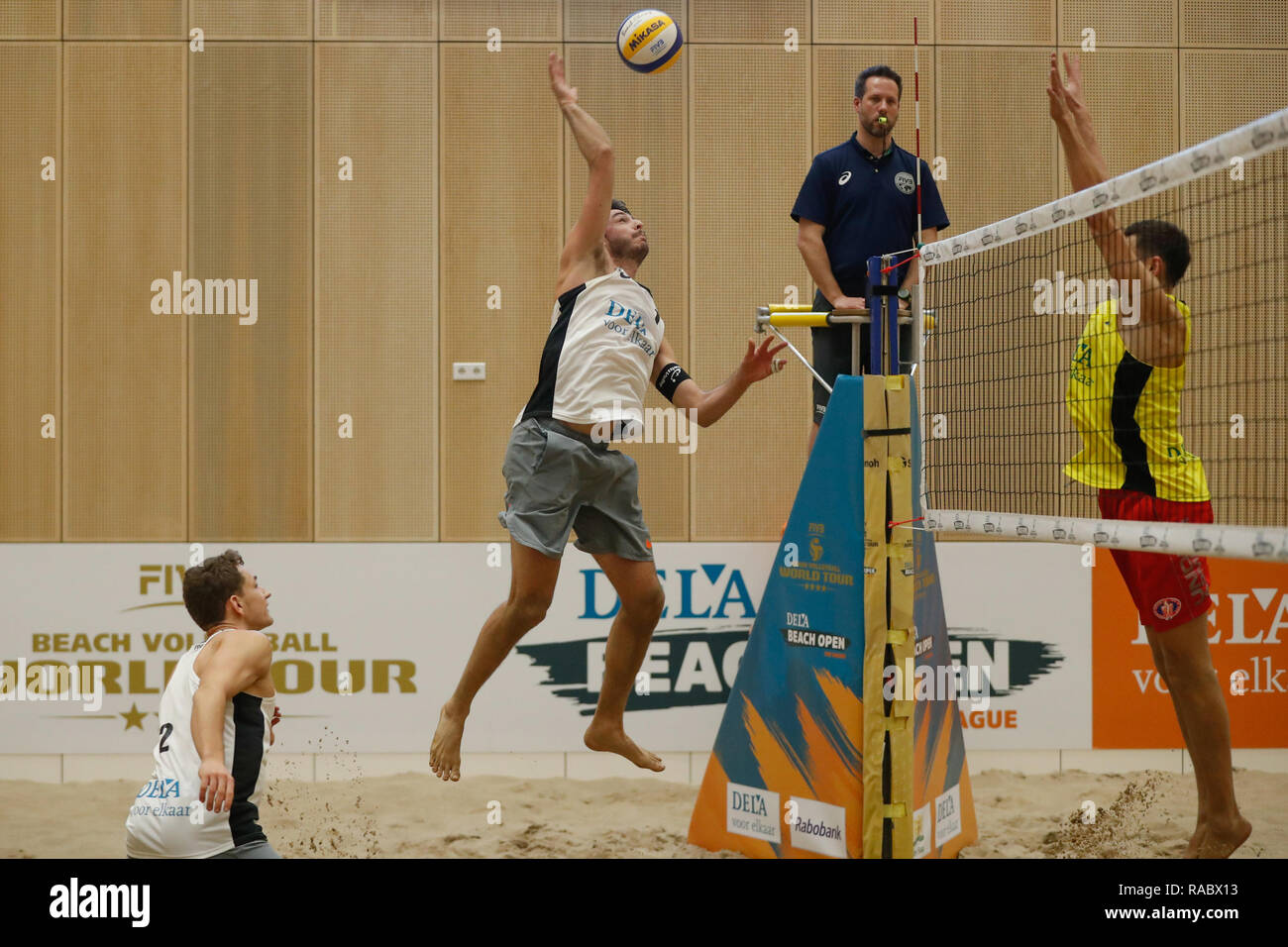 The Hague, The Netherlands 03 january 2019 Beachvolleybal Dutch National Championships    Beachvolleybal DELA Beach The Hague Open 2019 (L-R) Quentin Metral (1), Yves Haussener (2) of Switzerland - Stock Image
