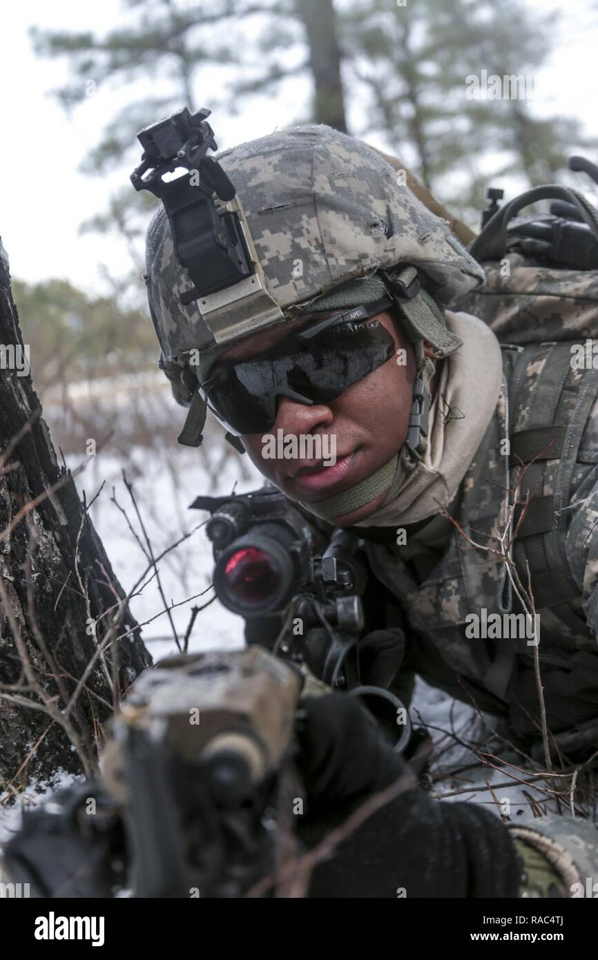 39ed7e37ea A New Jersey Army National Guard Soldier with the 1-114th Infantry secures  a rally