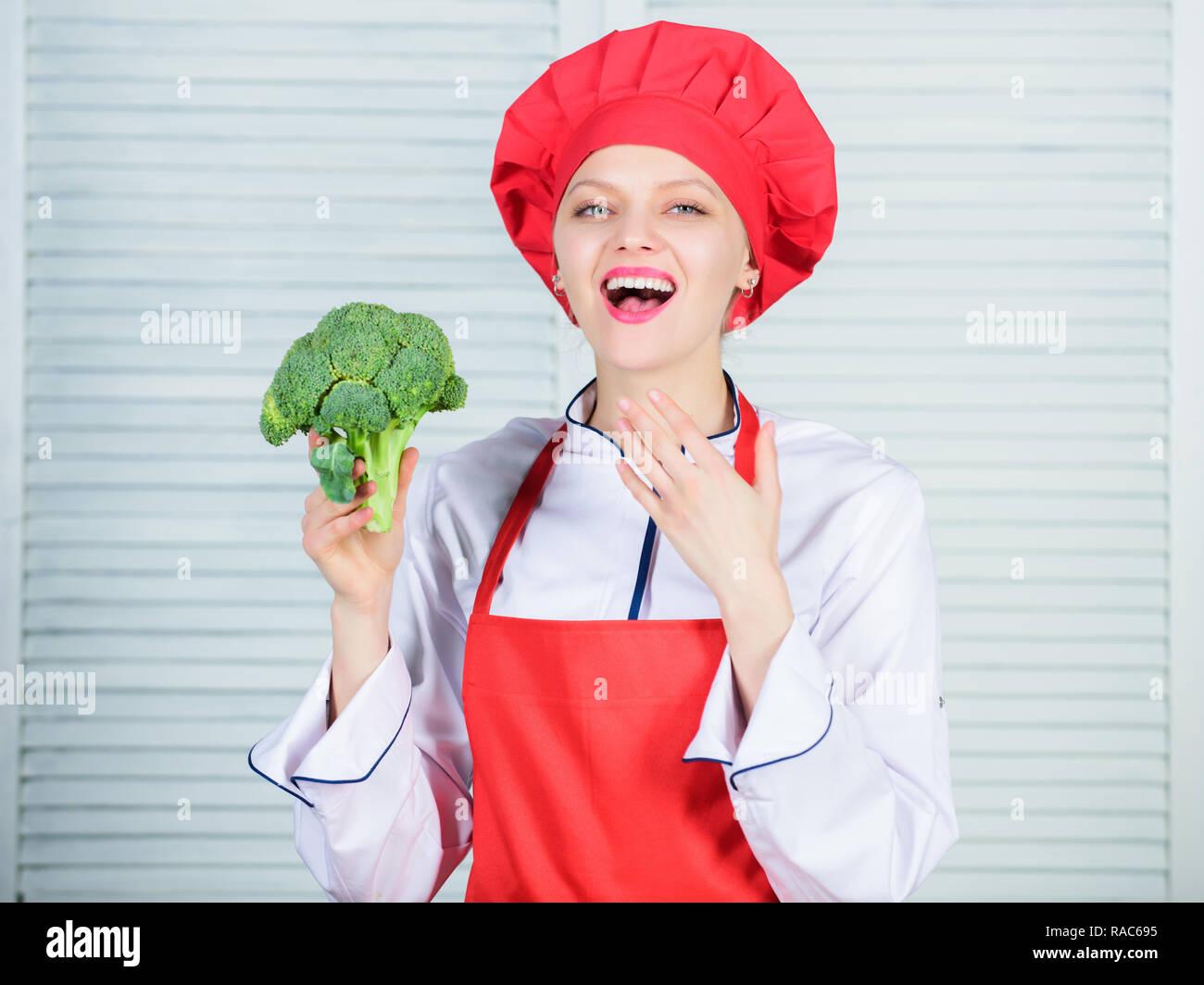 Free healthy vegetarian and vegan recipes  Turn broccoli