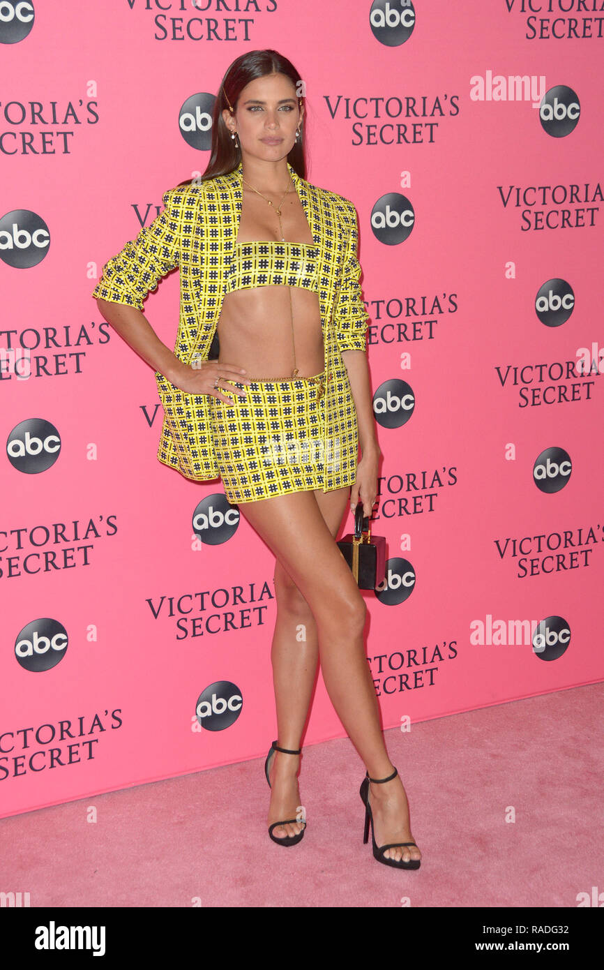 b467be0c2a15b Victoria's Secret Fashion Show Viewing Party at Spring Studios - Red ...