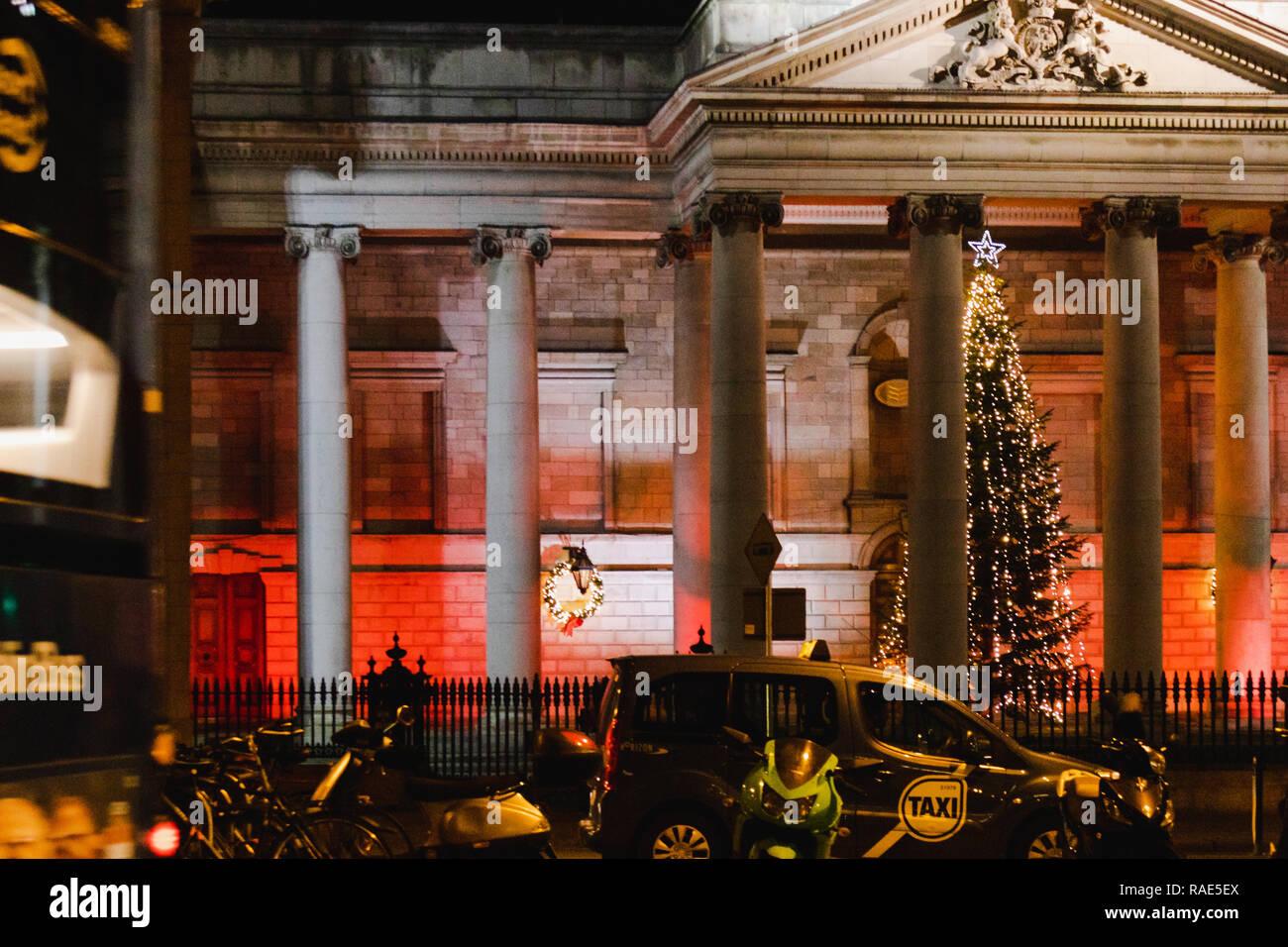 Christmas In Dublin Ireland.Dublin Ireland December 19th 2018 Architecture And