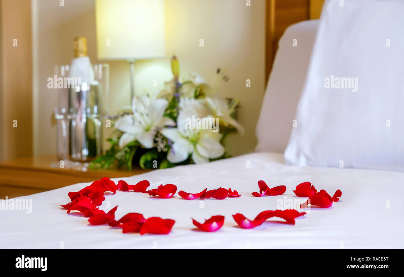 Rose Petal Heart On Bed High Resolution Stock Photography And Images Alamy