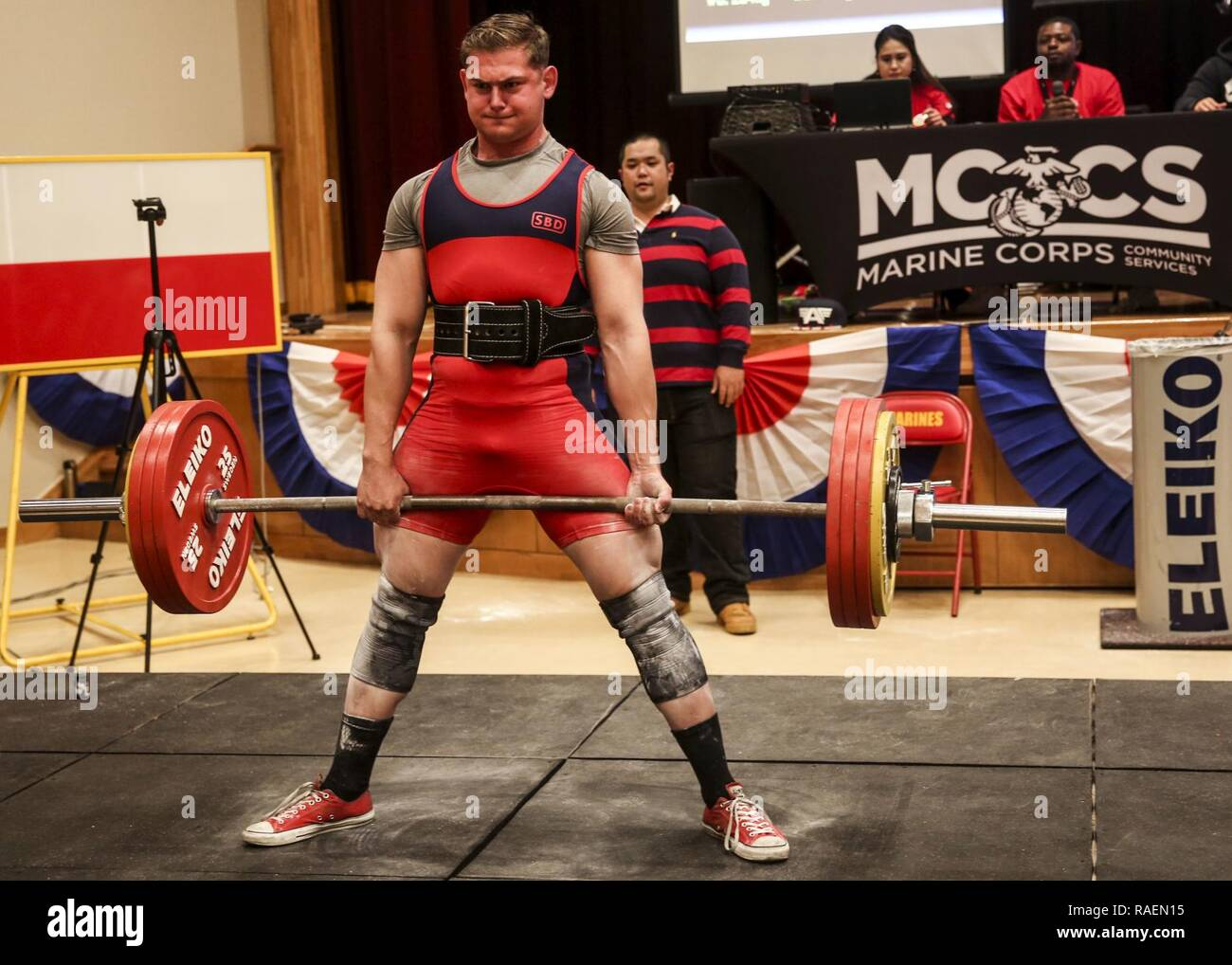 Maximum Weight Stock Photos & Maximum Weight Stock Images - Alamy