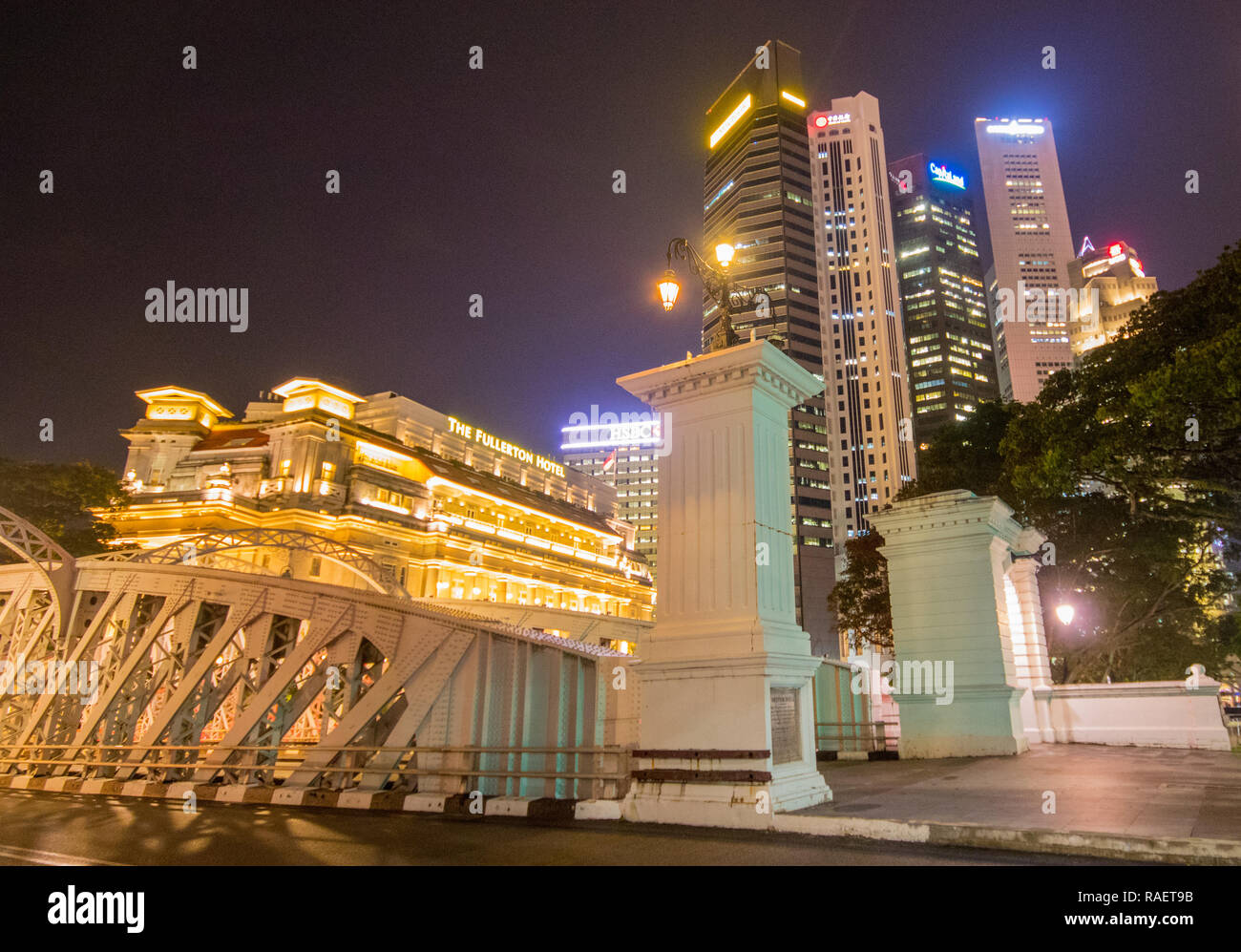 Fullerton Hotel at Anderson Bridge, Singapore Stock Photo