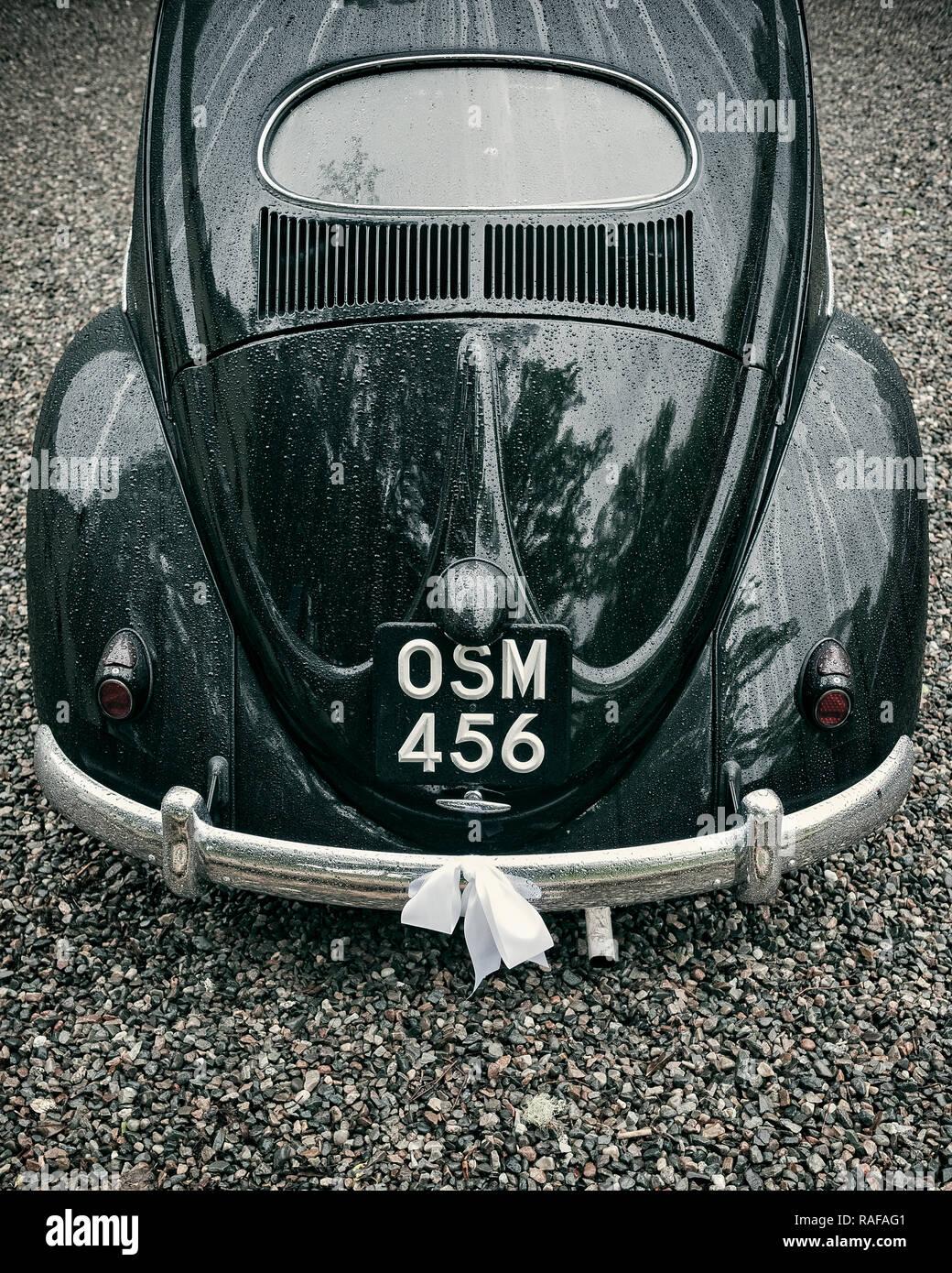 Classic vw beetle wedding car - Stock Image
