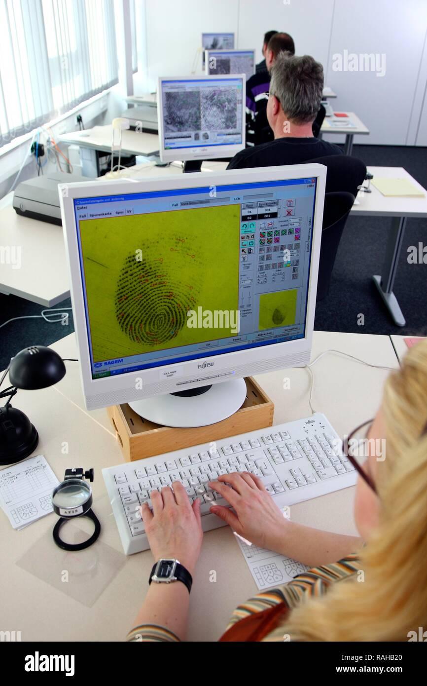 Kriminaltechnisches Institut, KTI, Forensic Science Institute, fingerprinting, analysis of fingerprinting traces, comparison to - Stock Image