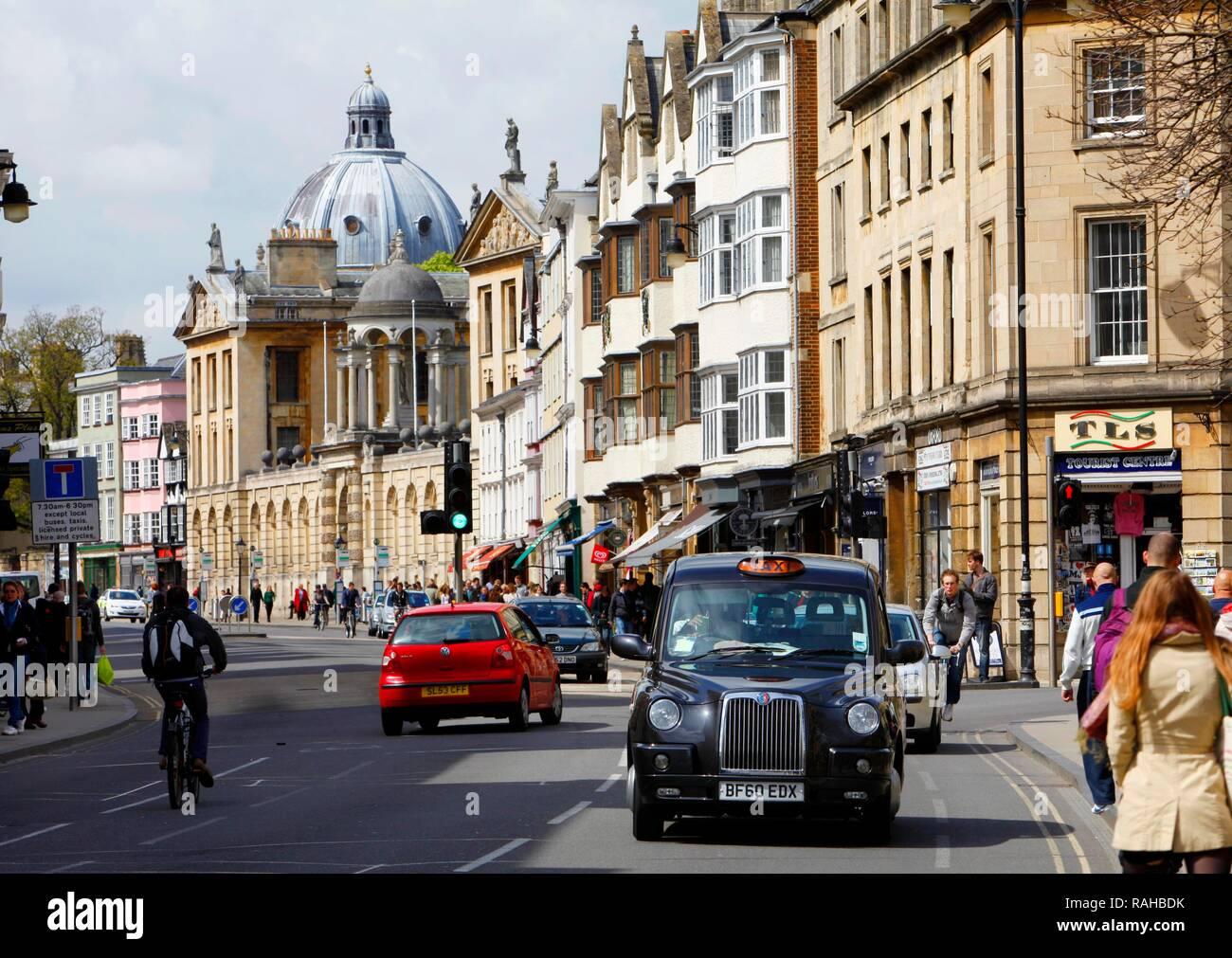 High Street, inner city, Oxford, Oxfordshire, United Kingdom, Europe - Stock Image