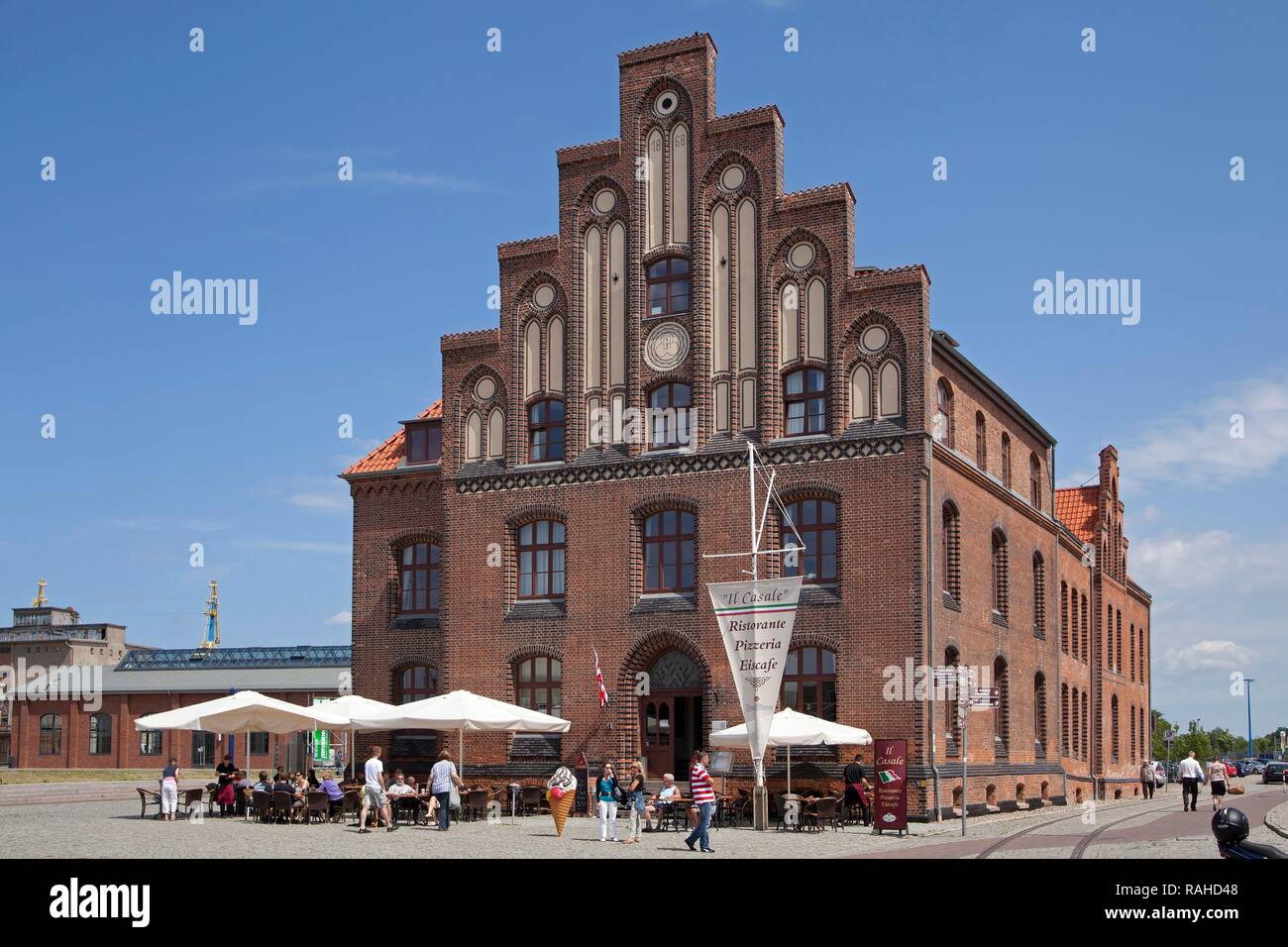 Restaurant in former storehouse, harbour, Wismar, Mecklenburg-Western Pomerania - Stock Image