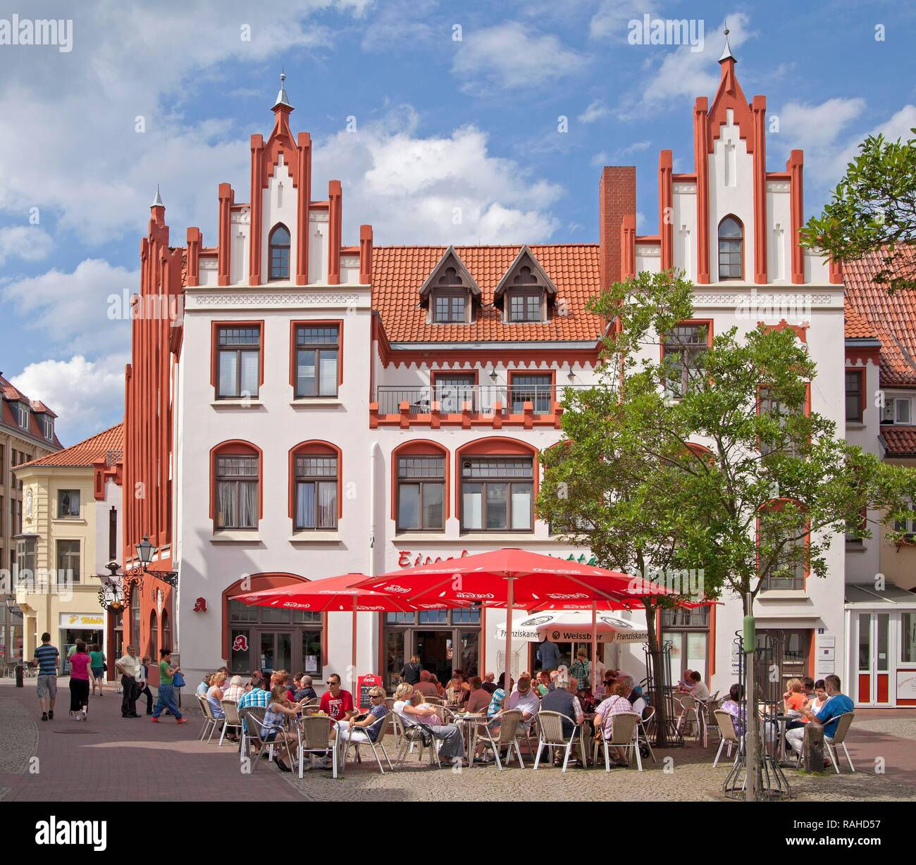 Restaurant on the market square or market place, Wismar, Mecklenburg-Western Pomerania - Stock Image