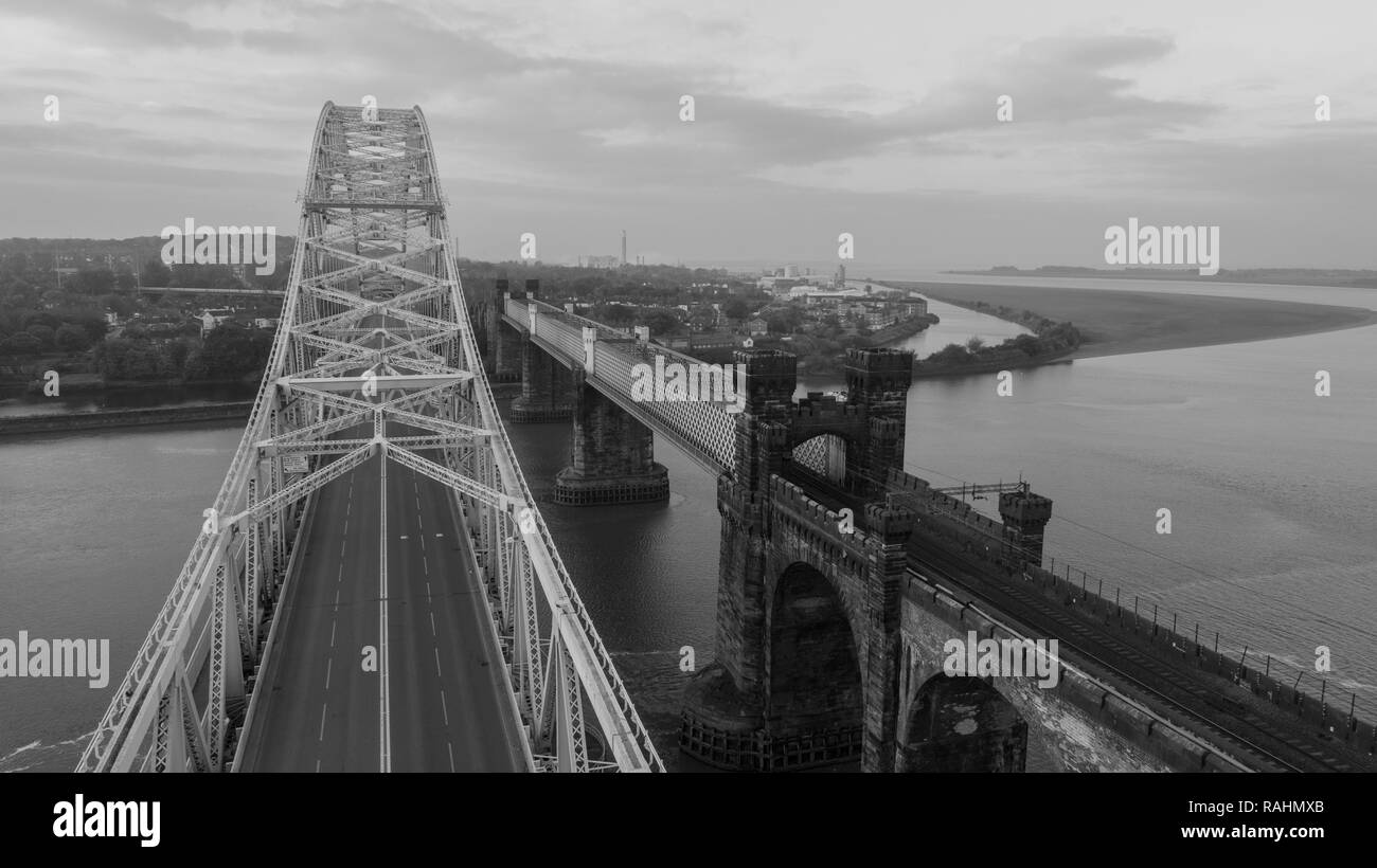 An aerial pic of Silver Jubilee Bridge spanning Halton (Widnes & Runcorn), a through arch bridge constructed in 1961. Closed for renovation until 2020 - Stock Image