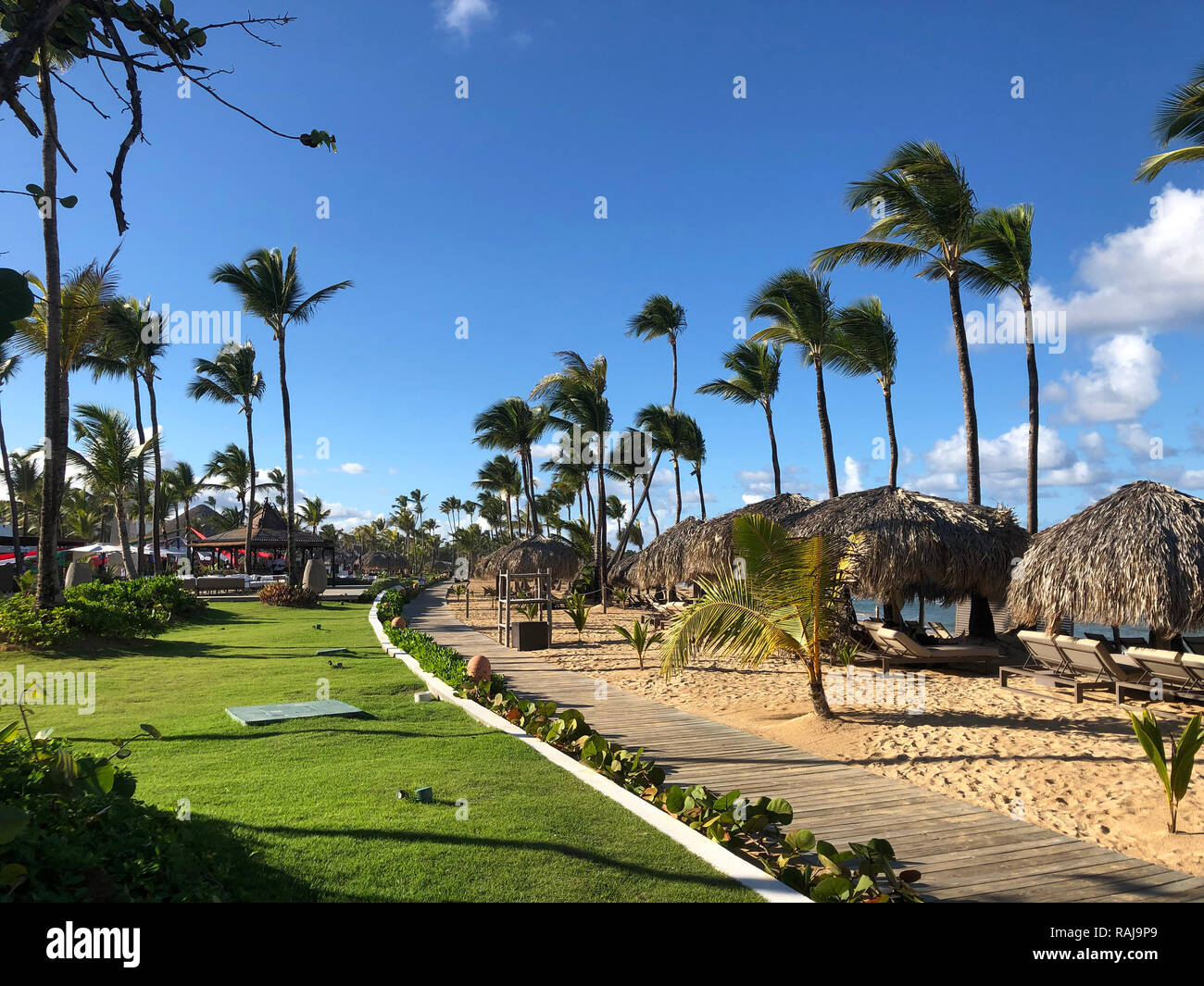PLAYA CANA, Dominican Republic. Grounds of the Hotel Excellent. Photo: Tony Gale - Stock Image