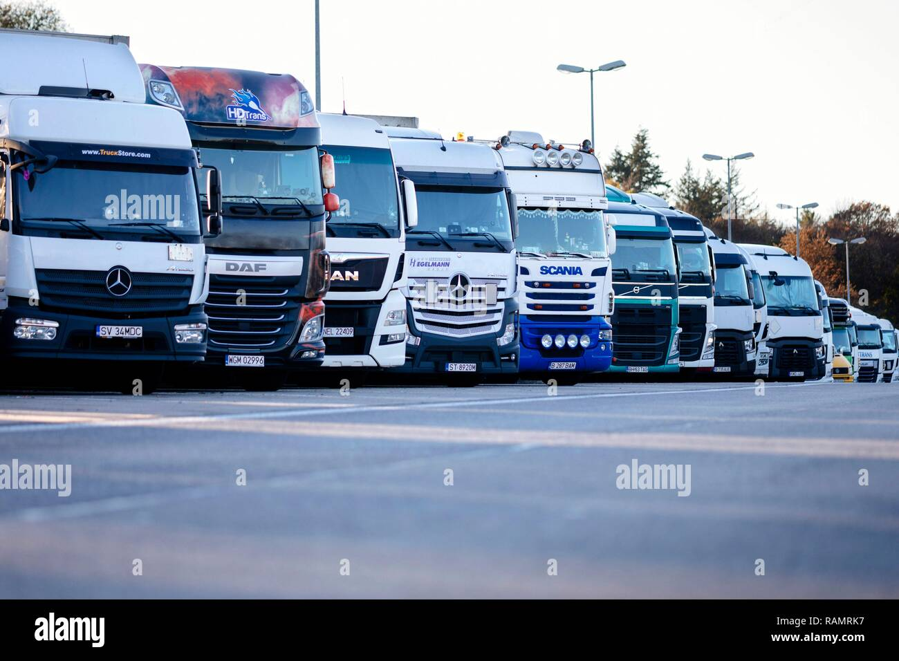 International Trucks Stock Photos & International Trucks