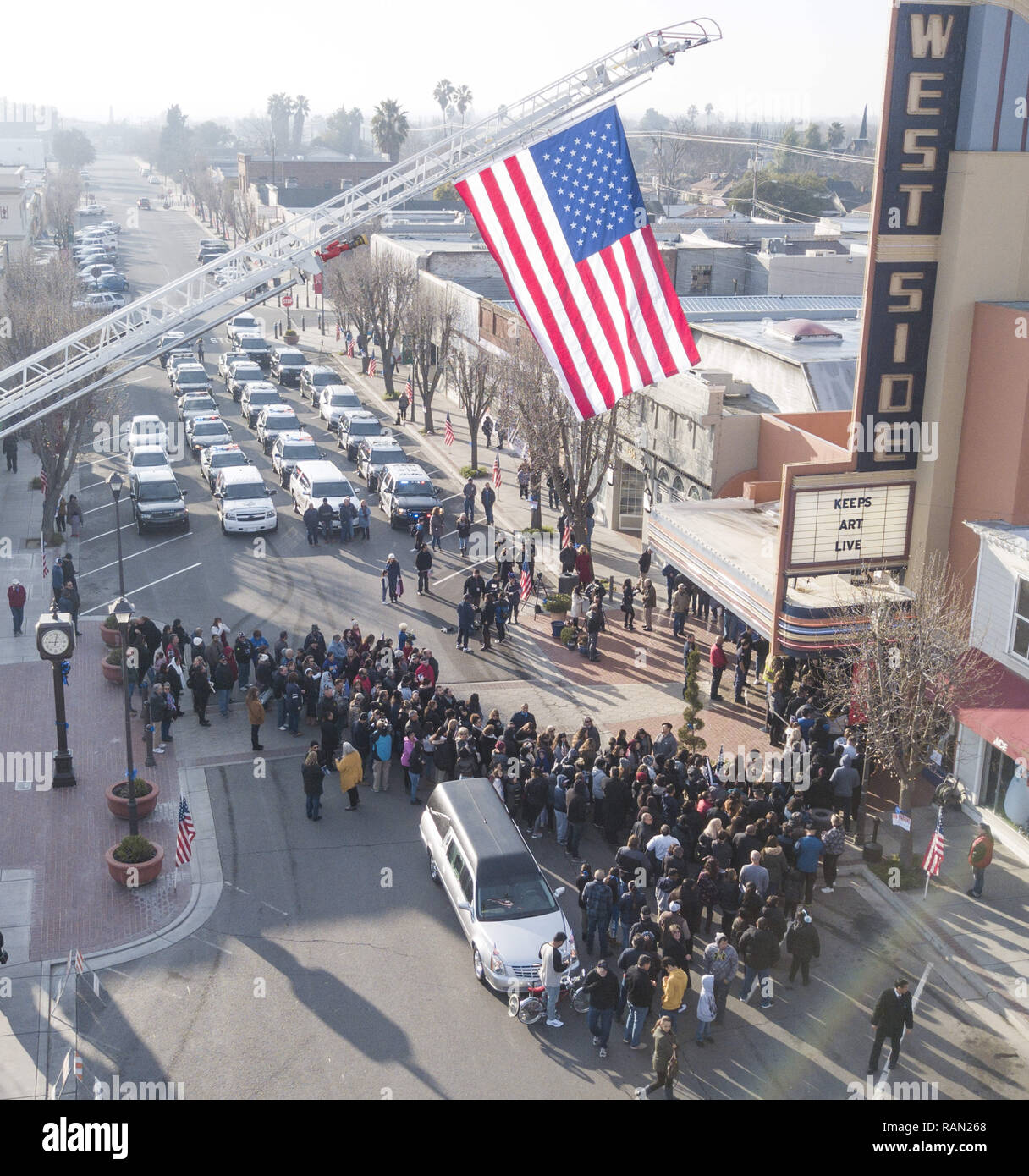 Modesto, California, U S A  4th Jan, 2019  People lined Main Street