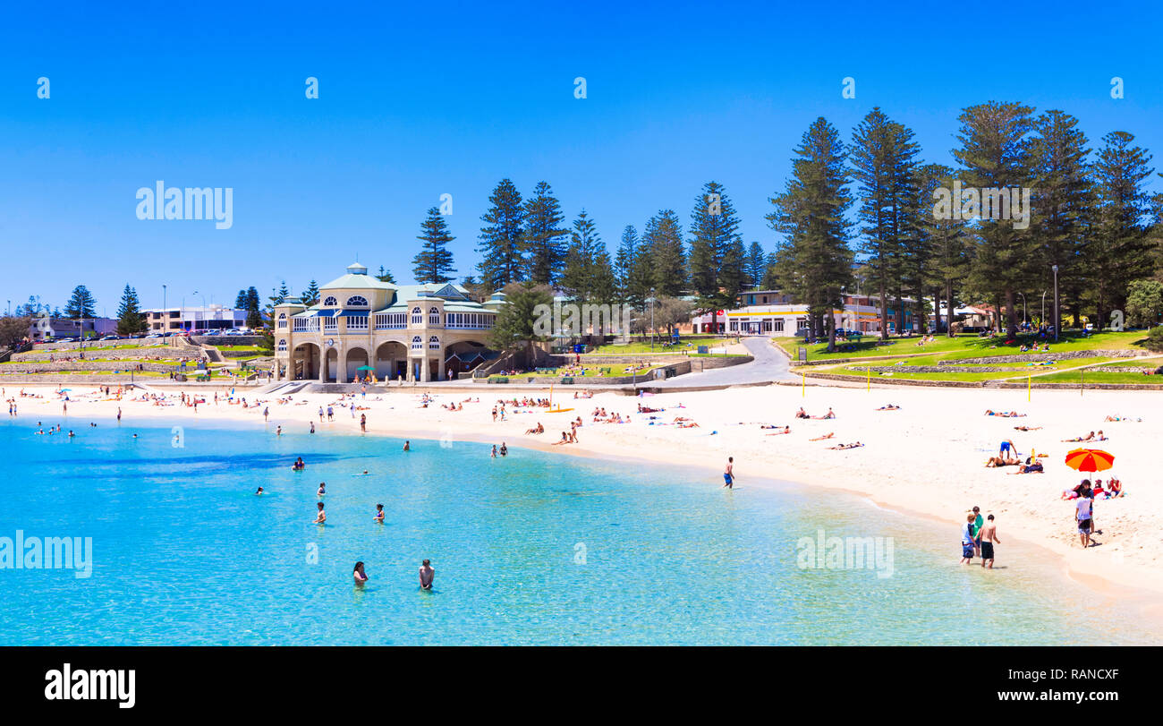 Perth, Western Australia. People at Cottesloe Beach on a hot, summer day. - Stock Image