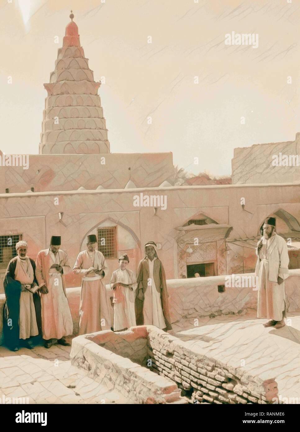 Kifl. Native Muslim village with a Jewish shrine to the prophet Ezekiel. Ezekiel's tomb with rabbi caretakers. 1932 reimagined - Stock Image