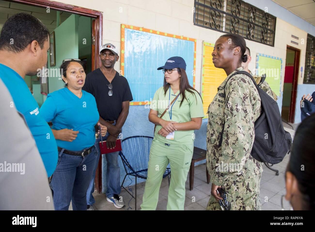 Us Navy Preventative Medicine Unit Stock Photos Amp Us Navy