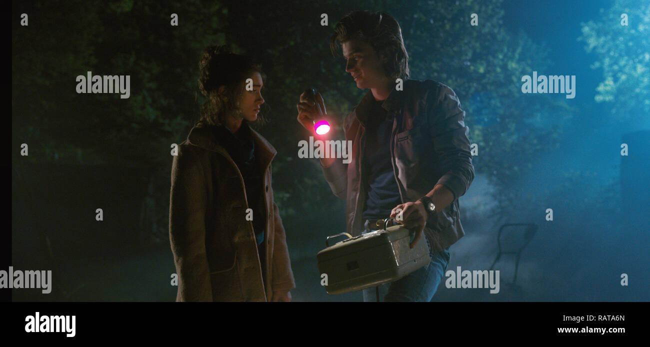 Natalia Dyer, Joe Keery,, 'Stranger Things' Season 2 (2017)  Credit: Netflix / The Hollywood Archive - Stock Image