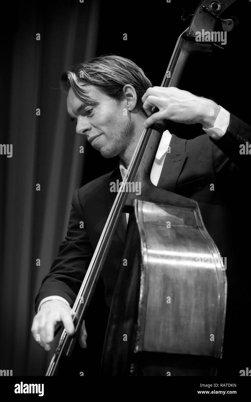 Morton Ankarfeldt soloing on double bass with Mads Mathias Quartet, Scarborough Jazz Festival 2017 Stock Photo