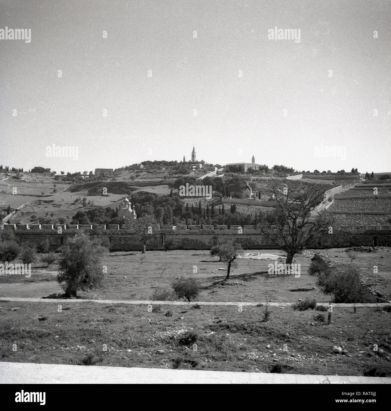 1940s, Jerusalem and 'The Mount of Olives' as seen in this era. The hill or mounain ridge gets its name from the olive groves that covered its slopes and is famous for the many biblical events that have taken place over the centuries. Referenced in both the Old and New testaments of the Bible, the mount is considered a sacred spot and of great religious and cultural  significance. - Stock Image
