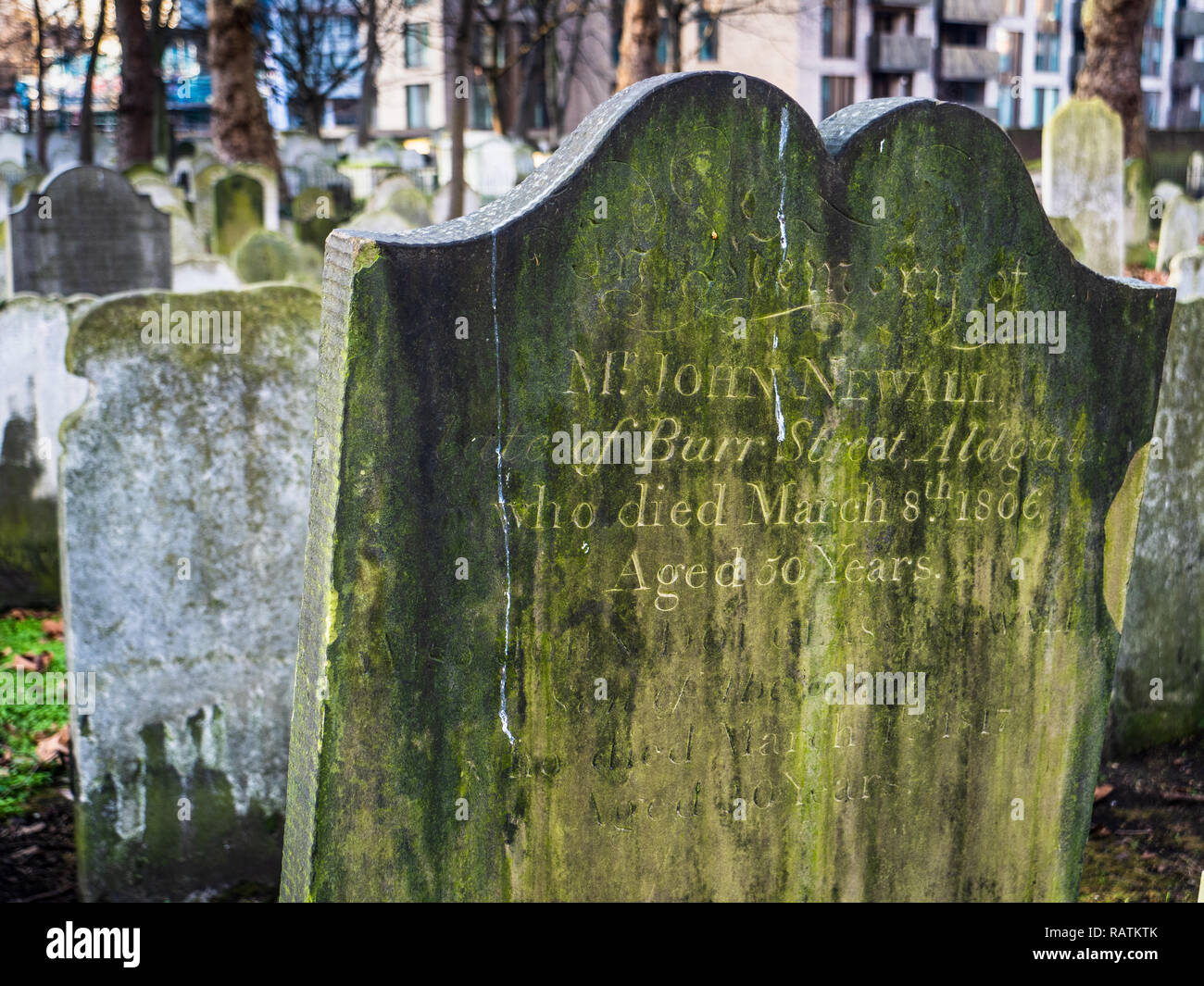 Bunhill Fields Burial Ground in the City of London containing an estimated 120,000 bodies, notably Blake, Defoe, Bunyan and Suzannah Wesley - Stock Image