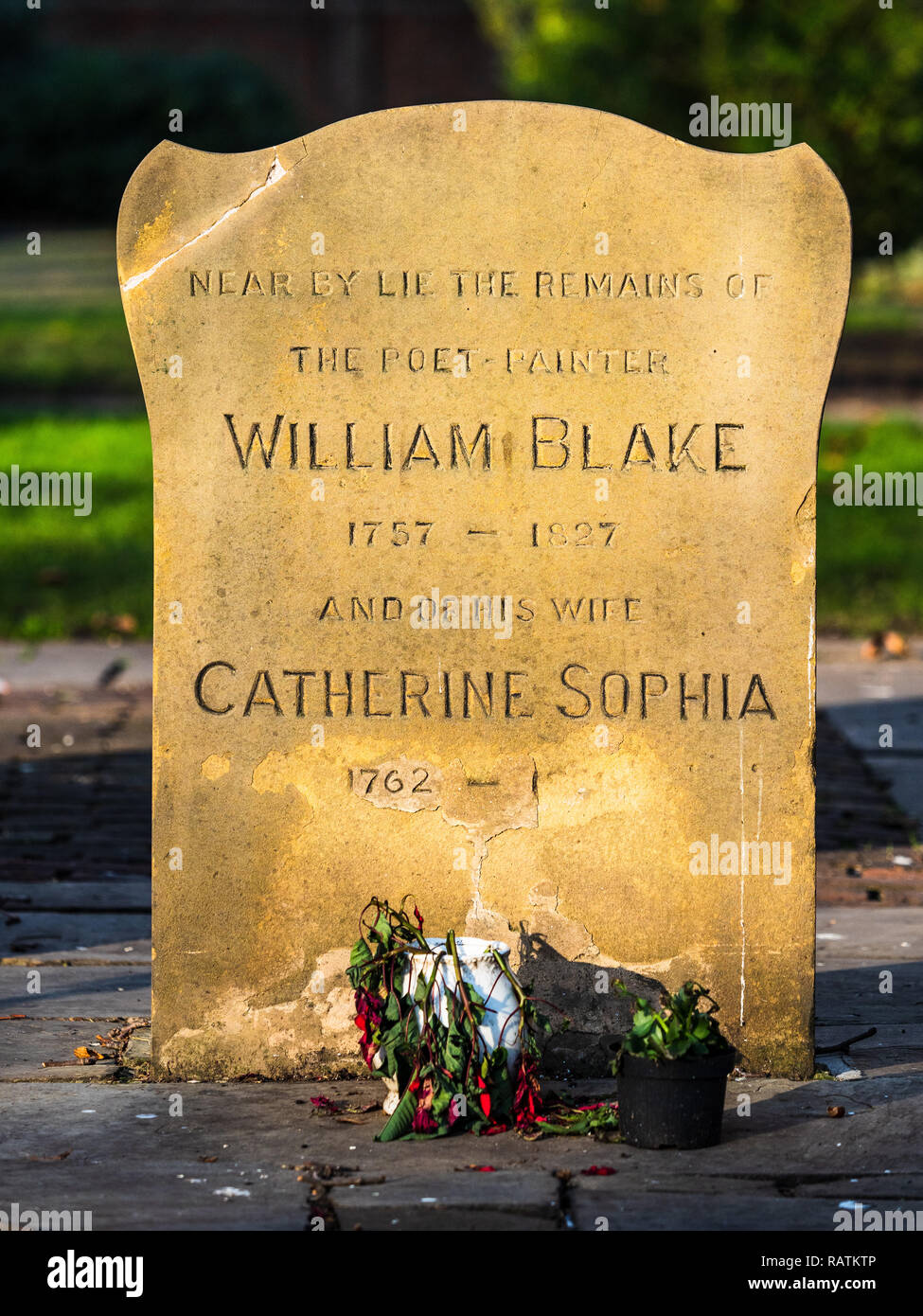 William Blake (1757 – 1827) English poet, painter, and printmaker. Monument to Blake and his wife Catherine in Bunhill Fields Burial Ground London - Stock Image