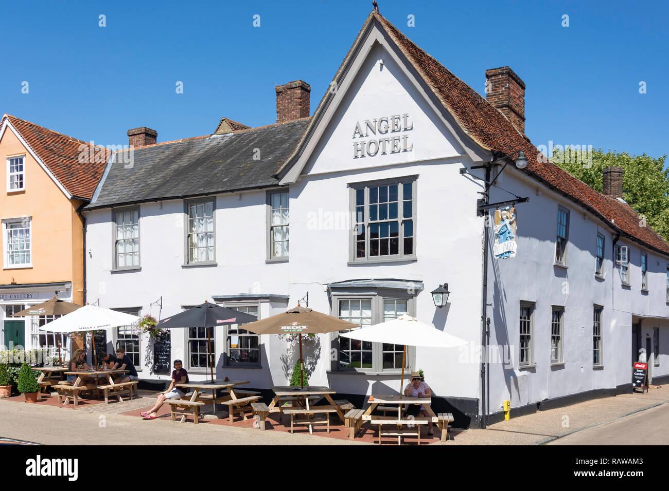 15th century The Angel Hotel, Market Square, Lavenham, Suffolk, England, United Kingdom Stock Photo