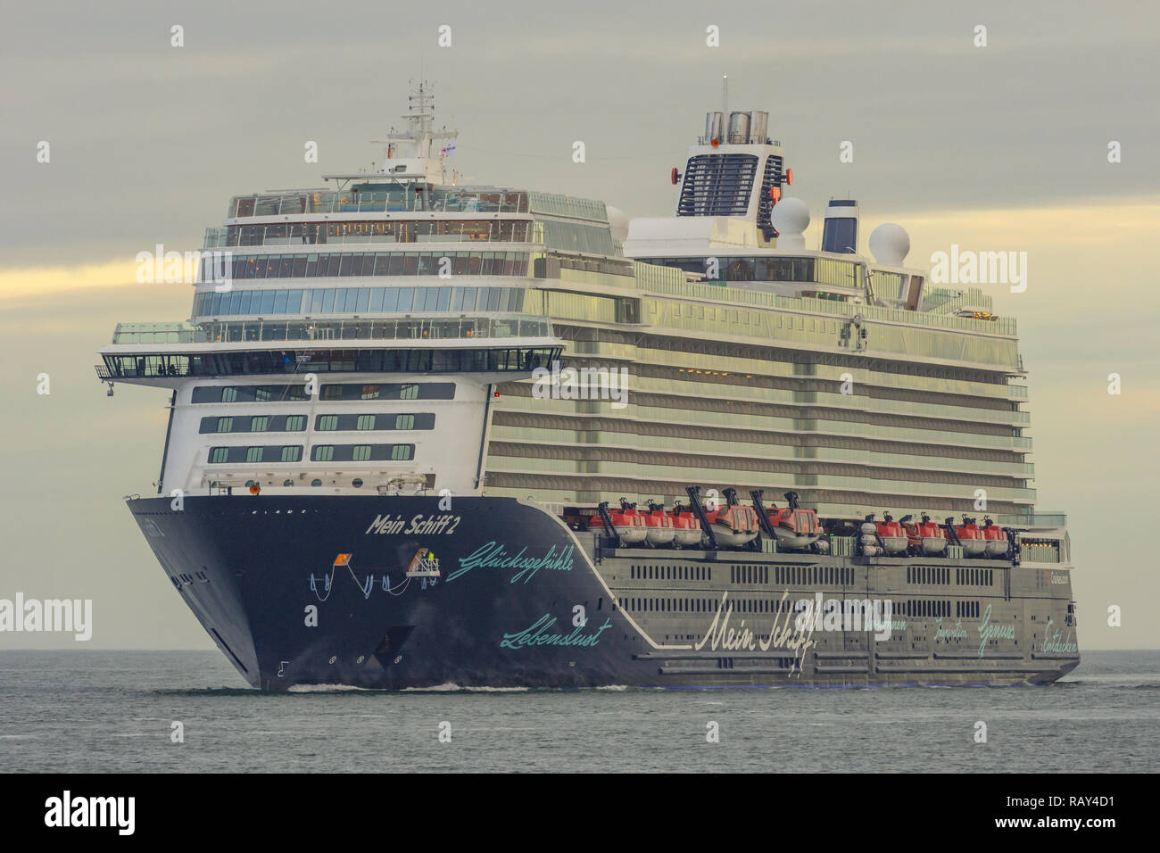 brand-new cruiseship Mein Schiff 2 arrives at Kiel - Stock Image