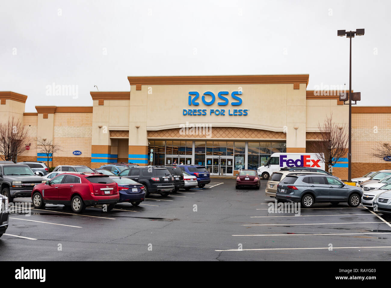 05e675bc7a7 Ross Store Stock Photos   Ross Store Stock Images - Alamy