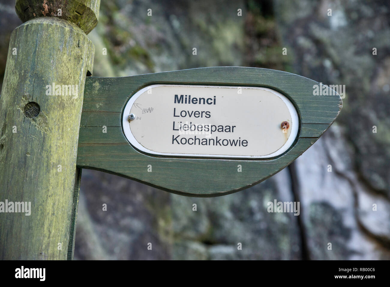 Multilingual sign at sandstone spires at Adršpach Rocks, Adršpach-Teplice Rocks National Nature Reserve, Central Sudetes, Bohemia, Czech Republic Stock Photo