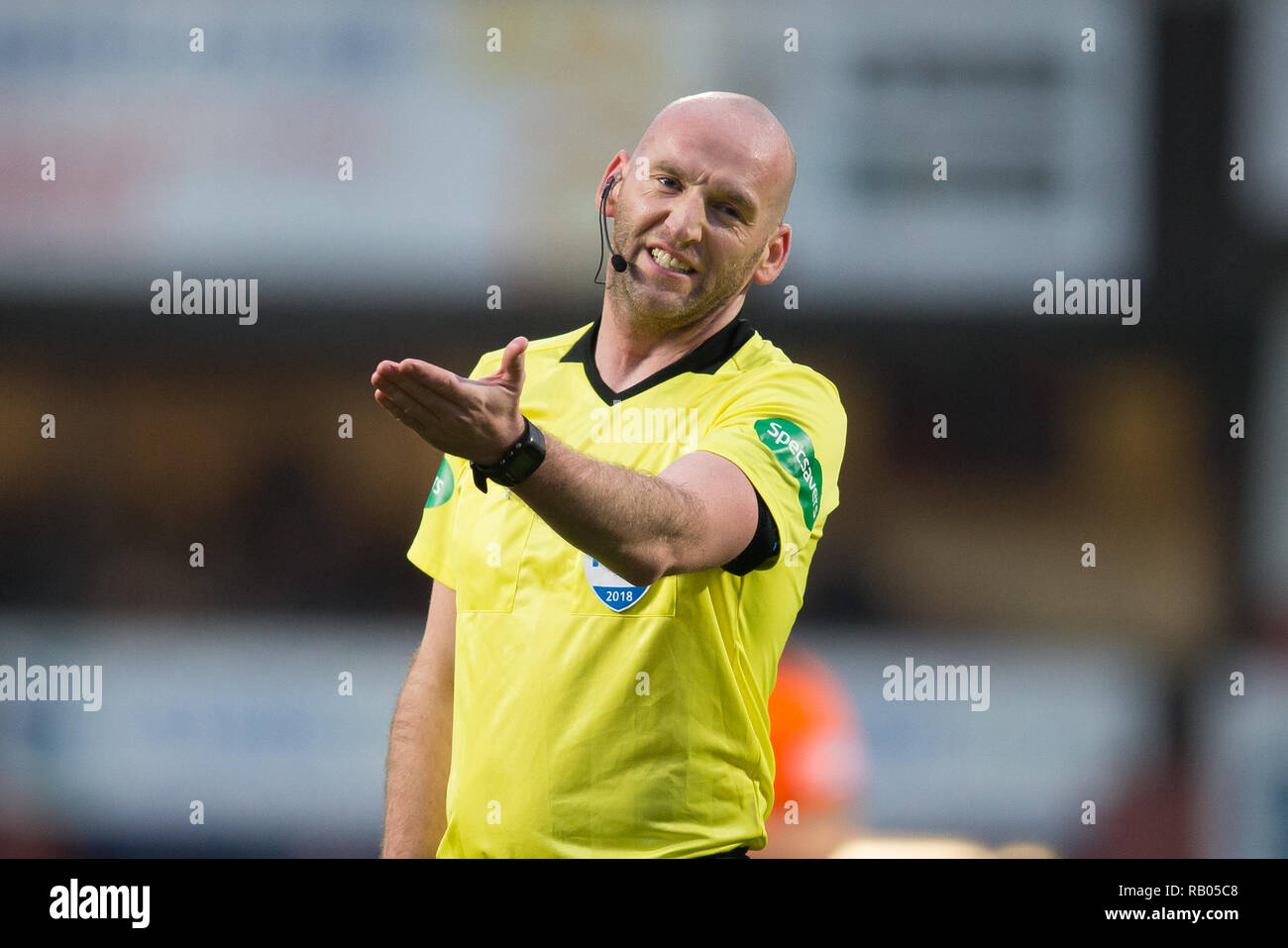 Tannadice Park, Dundee, UK. 5th Jan, 2019. Scottish Championship football, Dundee United versus Partick Thistle; Referee Bobby Madden Credit: Action Plus Sports/Alamy Live News - Stock Image