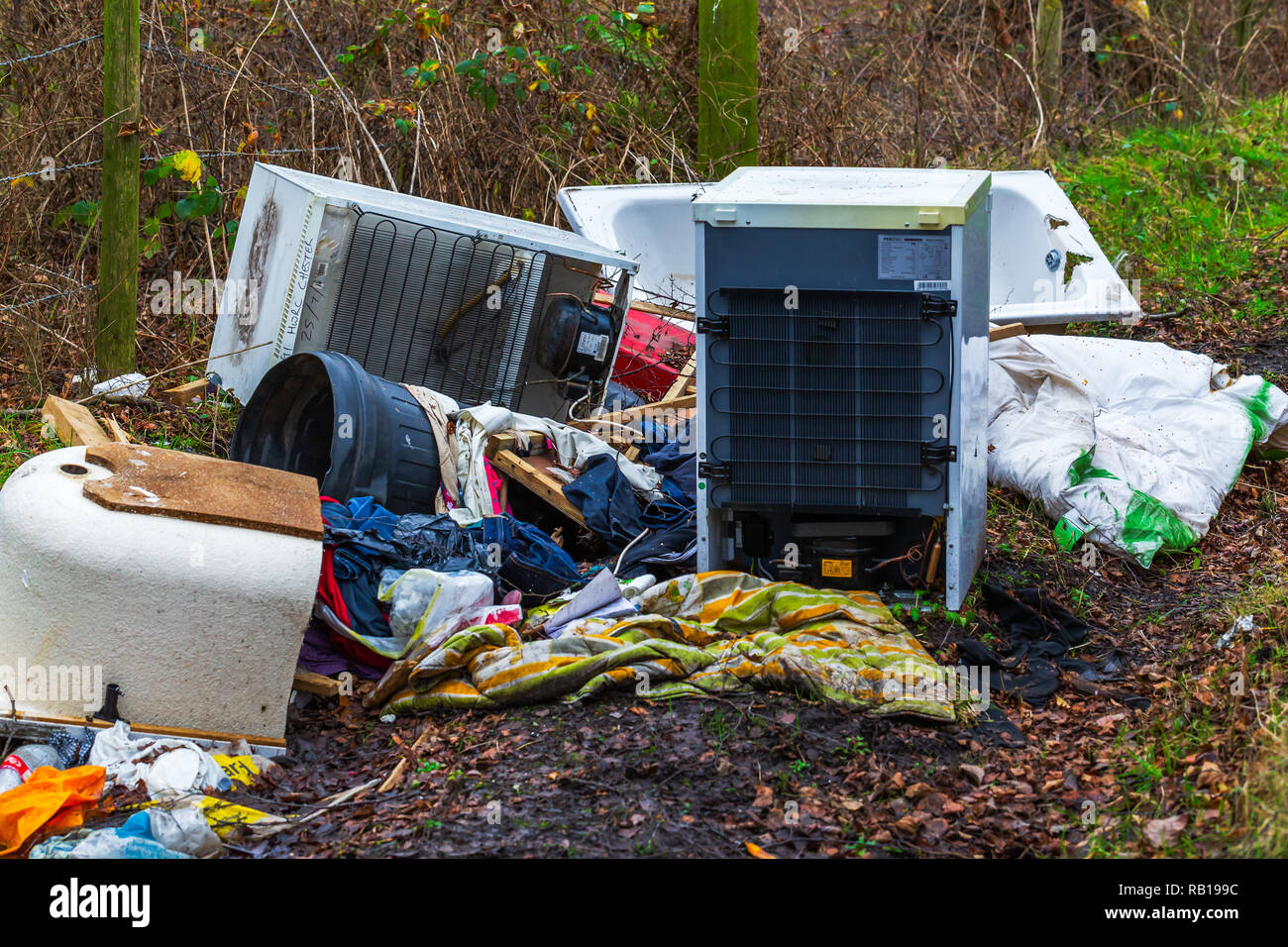Fly tipping rubbish in the Cheshire countryside - Stock Image