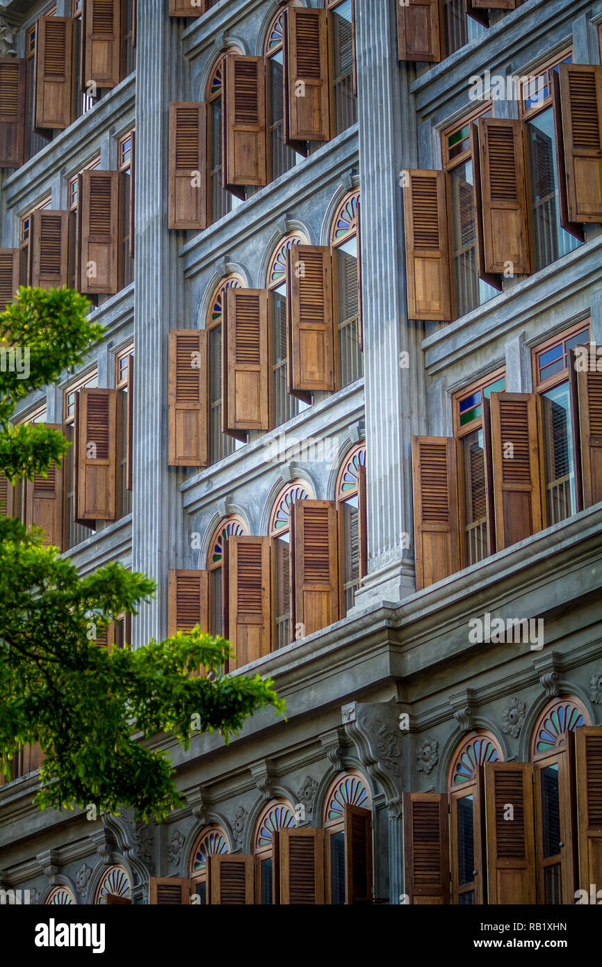 Balinese stye Asean building with beautiful traditional antique wooden windows - Stock Image