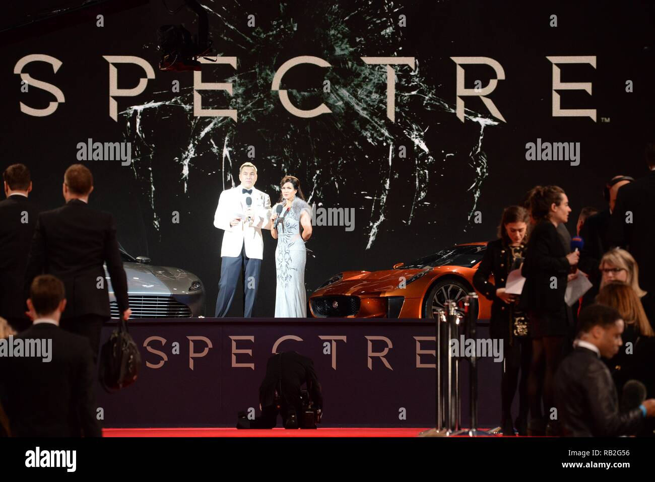 Celebrities arrive at the Royal Albert Hall in Kensington, London for the premiere of Spectre  Where: London, United Kingdom When: 26 Oct 2015 Credit: Steve Finn/WENN - Stock Image