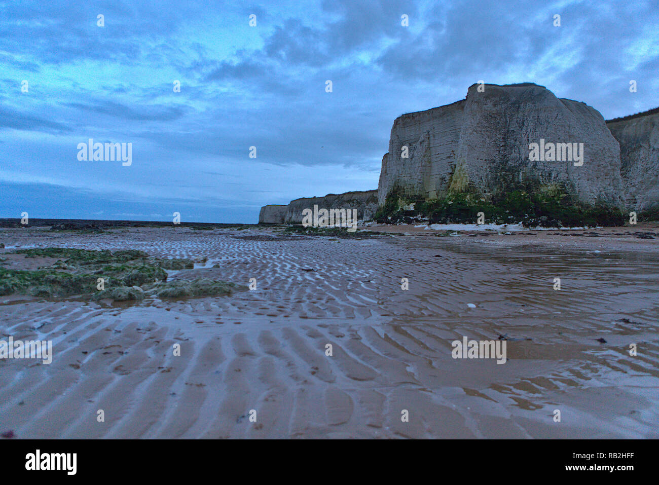 A walk along the beach at Botany Bay and Clifftonville near Margate - Stock Image