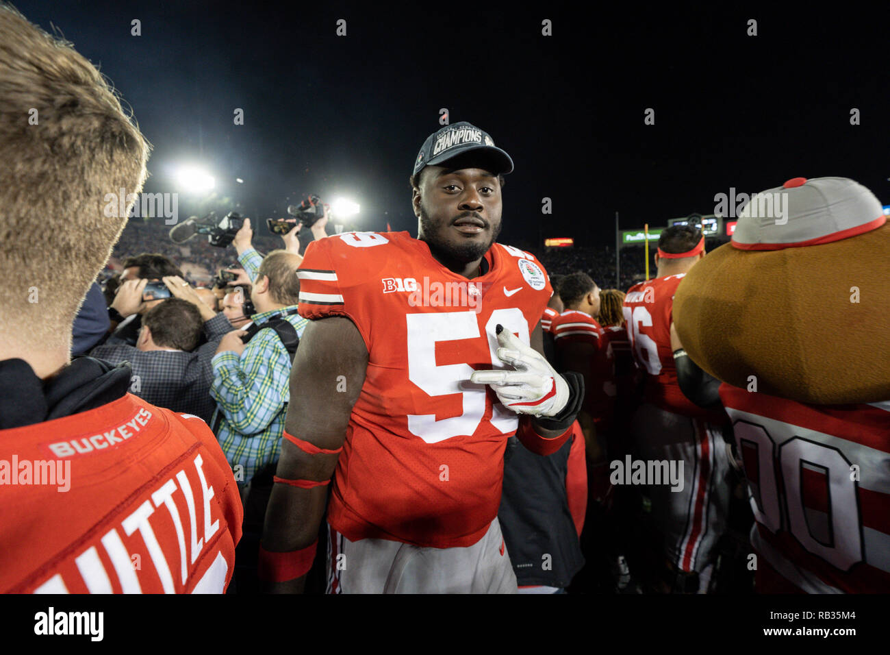 the latest 4d46b e9f44 Pasadena CA. 01st Jan, 2019. Ohio State Buckeyes offensive ...