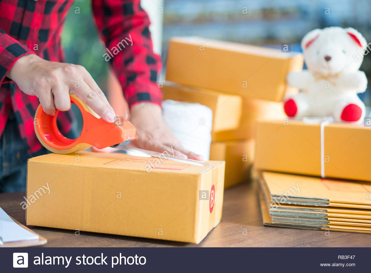 shipping shopping online young start up small business owner