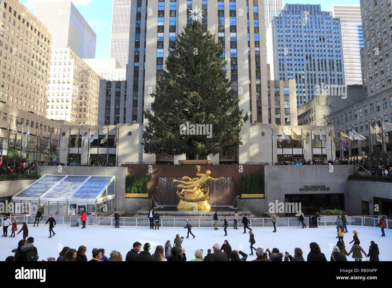 Weihnachtsbaum Rockefeller Center.Rockefeller Center Christmas Tree Stock Photos Rockefeller Center