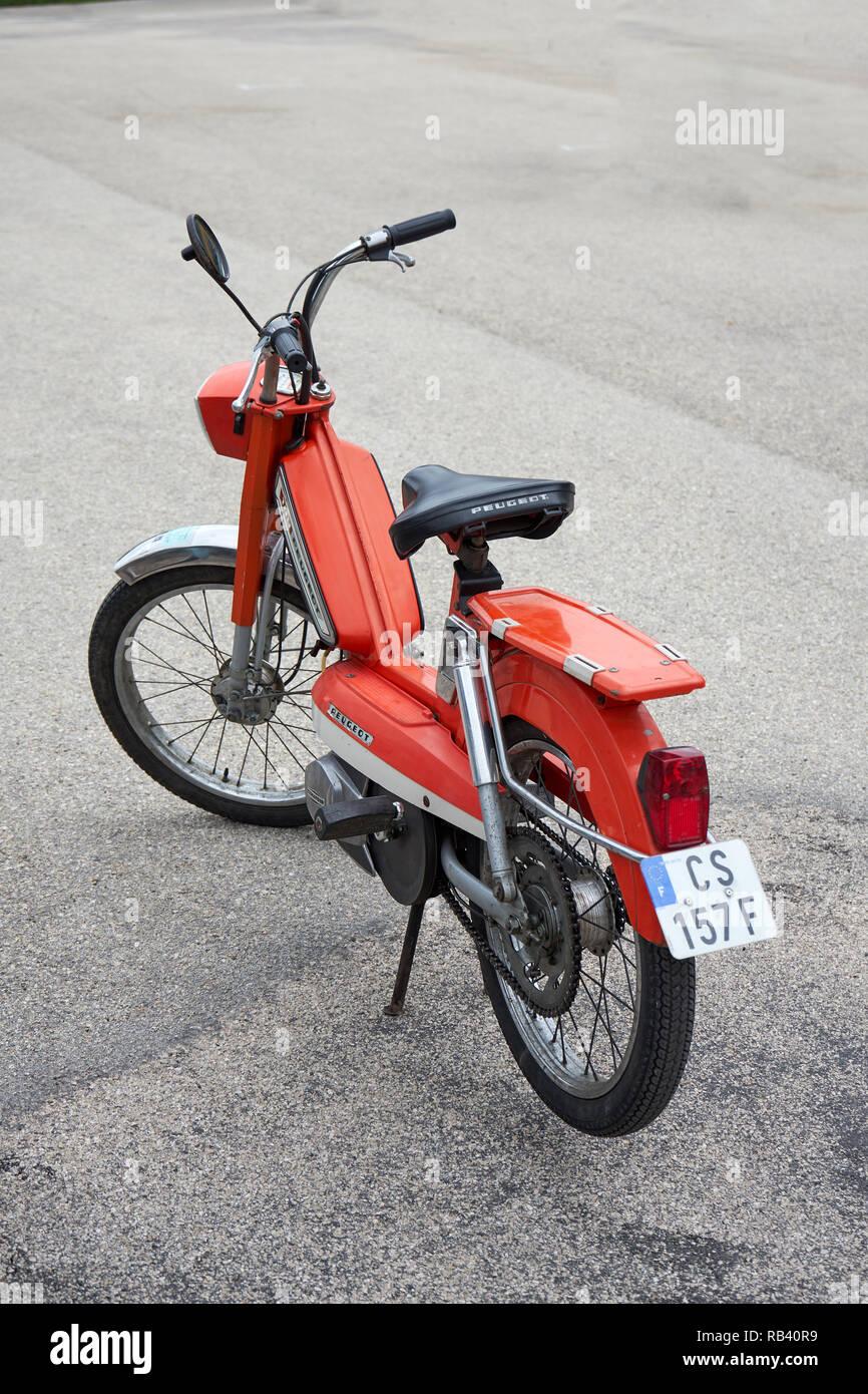 Peugeot Bike Stock Photos & Peugeot Bike Stock Images - Alamy
