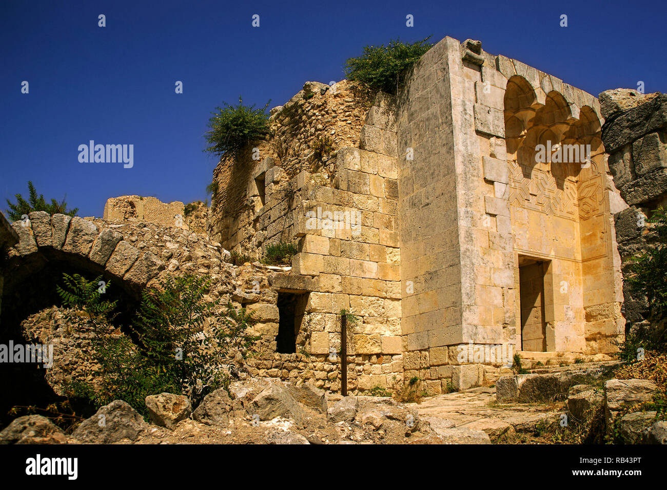 Qal'at Salah El-Din. Room with a fontain, Fortress of Saladin Castle. UNESCO World Heritage. Latakia Syria, Middle East - Stock Image