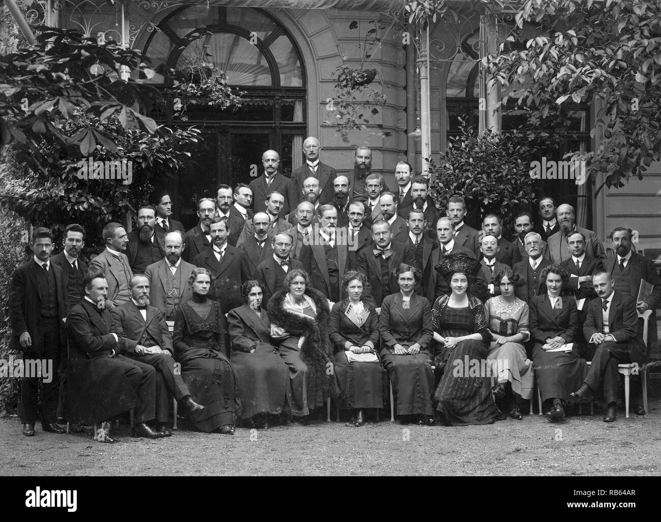International Psychoanalytic Congress. 1911. Sigmund Freud and Carl Jung seen at the centre of the group - Stock Image