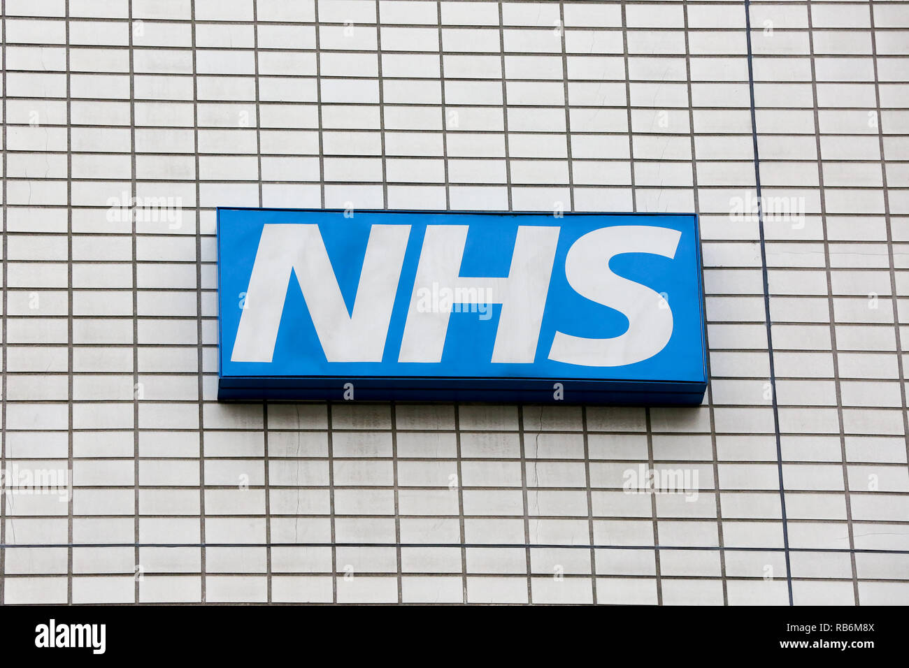 January 7, 2019 - London, United Kingdom - A National Health Service logo is seen outside a hospital in Westminster. (Credit Image: © Dinendra Haria/SOPA Images via ZUMA Wire) - Stock Image