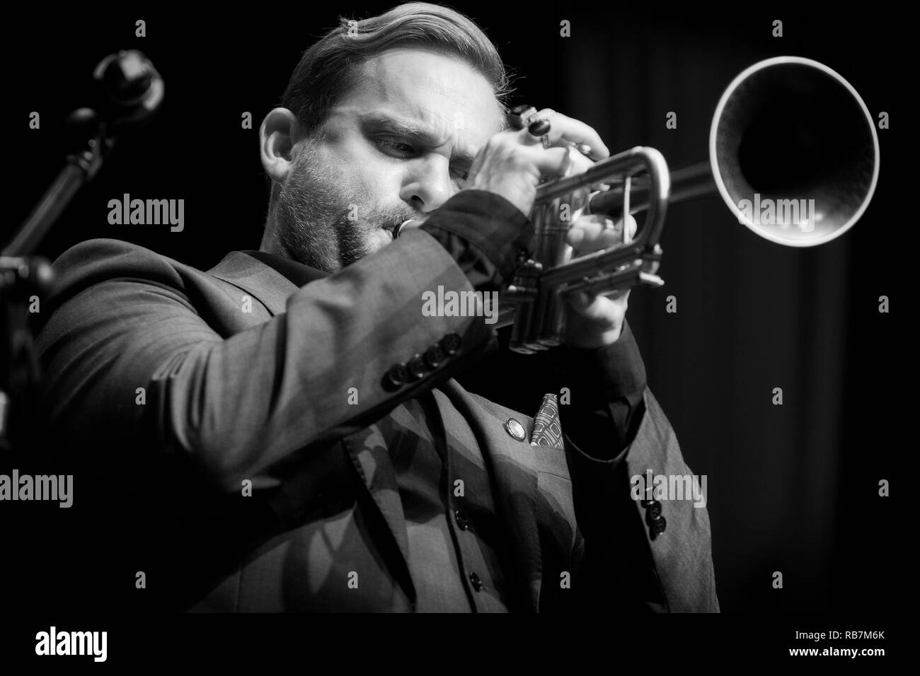 Quentin Collins soloing on trumpet with Hexagonal playing