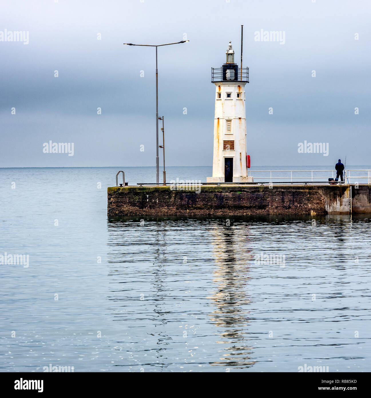 The octagonal Lighthouse in Anstruther, built  in 1880 and was dedicated to Dr Thomas Chalmers, a local scientist . It marks the end of the breakwater - Stock Image
