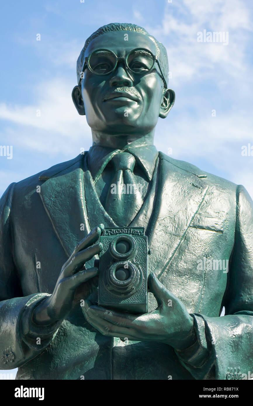 Saga, Japan - October 30, 2018: Statue of  the founder of Ricoh San-ai Group, Kiyoshi Ichimura, he launched the twin-lens reflex camera 'Ricoh Flex II - Stock Image