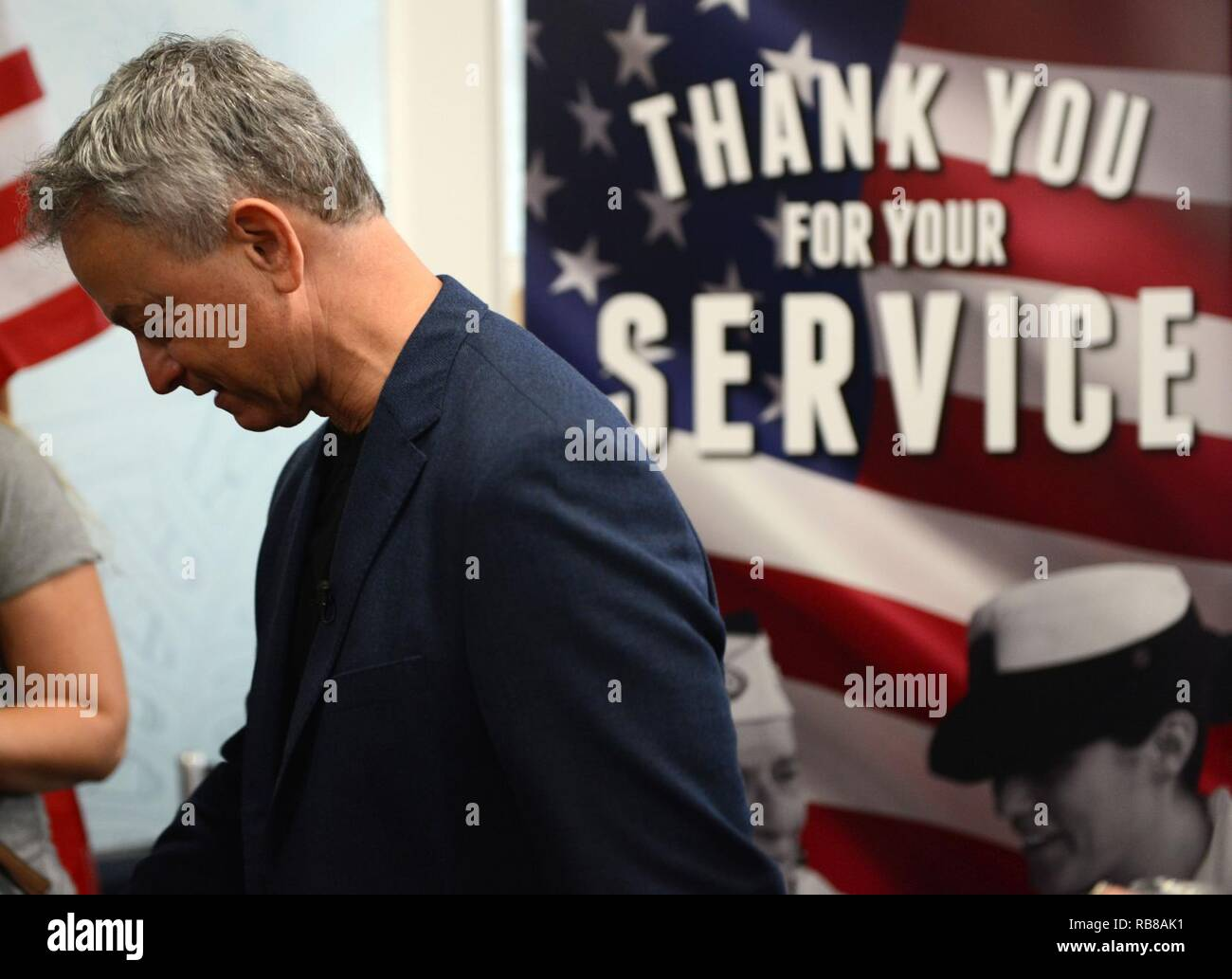 actor gary sinise is shown before an honor flight back to los