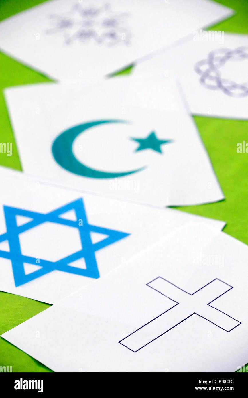 Symboles interreligieux. Interfaith dialogue. Symbols of islam, judaïsm and christianity. Annecy. France. - Stock Image