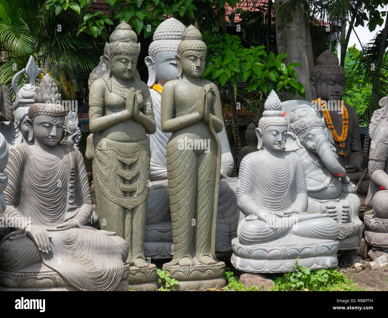 Garden Statues High Resolution Stock Photography And Images Alamy